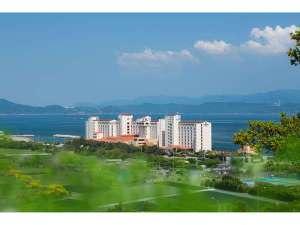 鳴門海峡を望むオーシャンビューのリゾートホテル