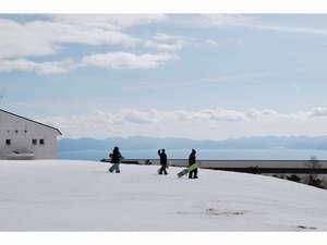 猪苗代湖一望の表磐梯のスキー場でスキースノボー楽しんで!