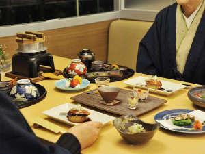 【和食処 美泉遊膳】ご夫婦やご友人と、落ち着いた空間でお楽しみください