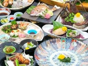 【冬】ふぐフルコースの他、イセエビや鮑も楽しめる「笑福の膳」一例