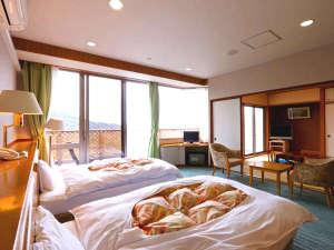 特別和洋室 ベッドはセミダブルサイズです♪