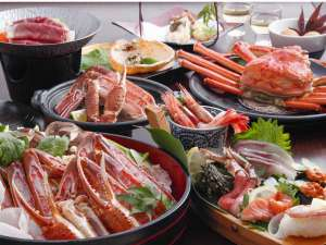 冬カニ満足プラン:2Lカニスキ、茹でカニ、紅かに、カニ天ぷら、焼きガニ、冬船盛など