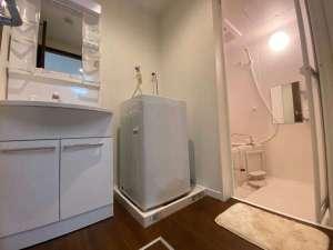 独立洗面台がついているお部屋もございます。ご自宅のようにごゆっくりおくつろぎいただけます。