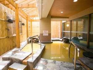 男性露天風呂◇露天風呂には源泉かけ流し浴槽もございます