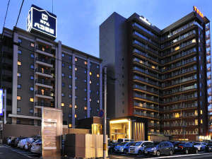 夜のホテルパコ函館外観