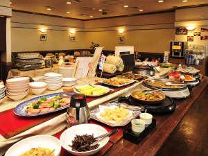 品ぞろえ豊富な本館1階レストラン「桂林」の朝食バイキング