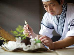 ◆匠の技の粋を極めた料理人の献立をお楽しみください。