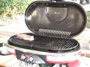 炭とガスのグリル完備(食材はお客様でご用意お願いします)