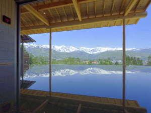 新温泉、わらび平の湯の内湯からもアルプスの山並みが素晴らしすぎです!!ヤバいですw