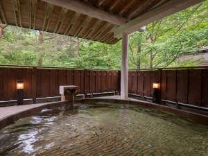 自然の息吹を五感で満喫しながら極上の温泉に浸かる至福のとき
