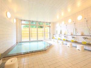 大浴場が昨年リニューアル!神鍋温泉は疲労回復に効果あり☆じっくり癒されます