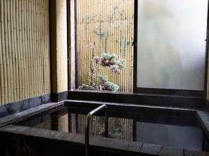 ご宿泊の方は、1階併設の銭湯に無料でご入浴いただけます