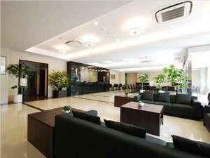 ホテル1階ロビー