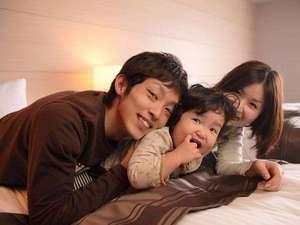 【イメージ】ふかふかベッドで家族だんらん♪