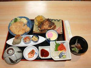 *【夕食例】家庭的&ボリュームのあるお食事をご用意致します。