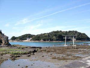 当宿からすぐそば。気軽に散策できる【元島】と【大鳥居】。