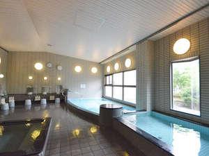 ジェットバス・露天風呂・サウナ・水風呂がございます。
