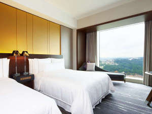 ここちよい眺望に包まれるゆとりある広さの客室