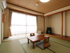 お部屋は全て和室となっております。