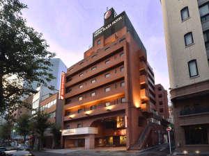 【横浜平和プラザホテル】焼きたてパンと珈琲の朝食が人気の宿:写真