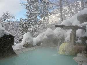 雪景色露天風呂