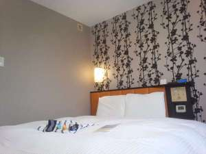 キングダブルルーム5階に7部屋ございます。全室アパホテルオリジナルベッドCloud Fitを設置