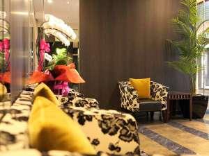 ■フロントロビー【2017年3月リニューアル】鳥取に新都市型ホテルが誕生!Wi-Fi全館利用可能!