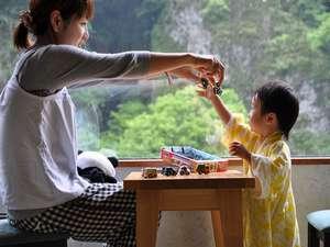 お子様用のおもちゃや絵本、ぬり絵、DVDなどの貸出あり。【無料】お子様連れのパパママ安心です!