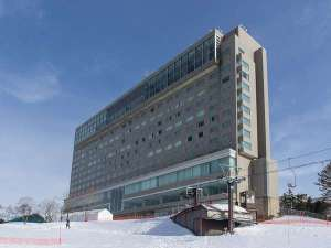 ホテル外観(冬)