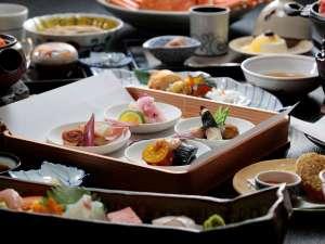 旬の和食会席…日本海の海の幸を存分に味わってください。