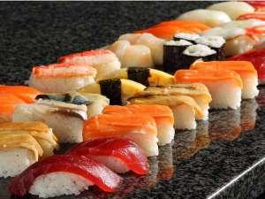 海の街函館と言えばお寿司!(イクラ・マグロ・サーモン・イカ等)