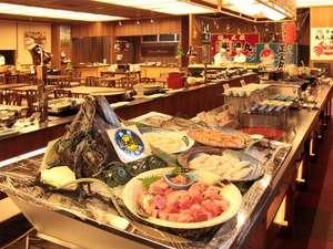 大好評のビュッフェレストラン「百鮮万菜」