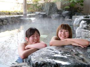 【女性露天風呂】四季を感じながら、自然に身をゆだねてみませんか