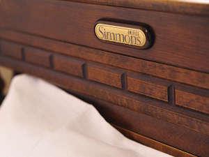 ツインルームはシモンズ製のベッドを採用♪