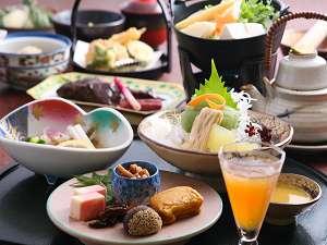 地元吉野の旬食材を満喫♪湯川屋のお料理です★