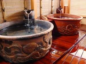 【蛸壺風呂】風呂釜ごとに違った蛸の姿が躍動しています