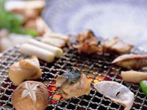 片口鰯の魚醤に漬け込んだ日間賀ならではの逸品、魚醤焼。