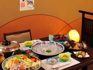 【冬季:ふぐ料理】日間賀ふぐ料理は、高級素材にもかかわらず、気軽に召し上がれるのがポイント♪