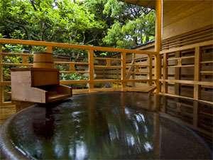 城崎温泉 ゆとうや旅館の貸切露天風呂【百華の湯】