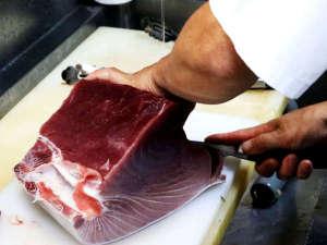 *魚屋と料理屋で修行してきた当館主人が調理いたします!!