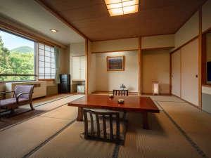 【和室】窓からは蔵王の四季が愉しめます