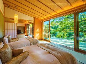 目覚ましは、窓から入る明るい陽射しと鳥の声。自然に目覚める――そんな「カラダにやさしい朝」を。