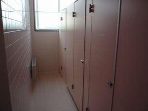 共同女子トイレ