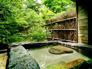 ◆貸切野天風呂◇なつはぜ◆宮之城温泉特有の『とろりとした美肌の湯』を心ゆくまで堪能