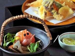 9月~11月限定☆秋の味覚【松茸】を土瓶蒸しと天ぷらでお楽しみください(画像はイメージです)