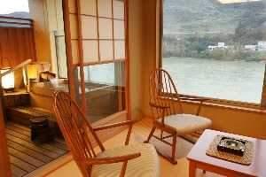 咲花温泉 翠玉の湯 佐取館 部屋付露天風呂