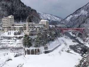 ホテル黒部 黒部峡谷・宇奈月名物トロッコ電車が見える笑顔の宿