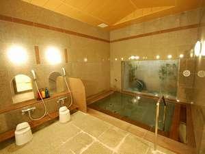 本館☆お風呂で1日の疲れを癒してください。午後3時~深夜2時・午前5時~午前10時まで利用が可能です