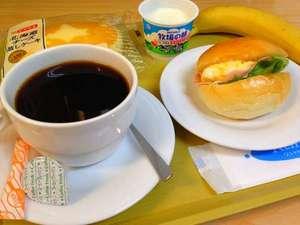 人気の朝食!高原の朝をおいしい料理と共にお楽しみください。