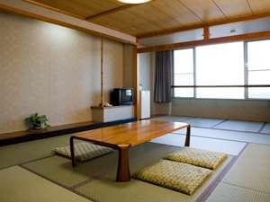 お部屋(例)お部屋は全室オーシャンビュー。洗面台・ウォシュレットも完備